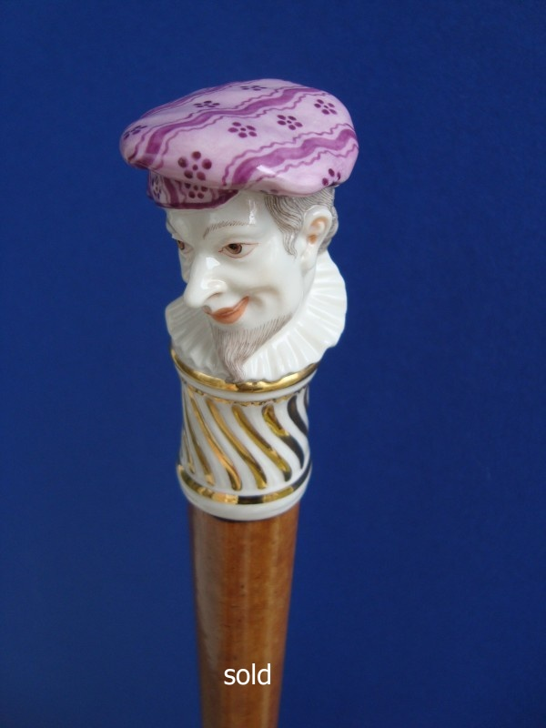 A Bustelli porcelane cane